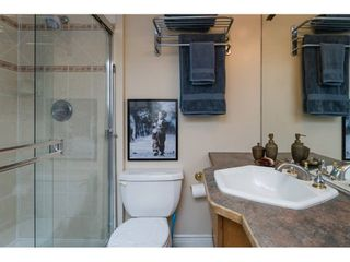 """Photo 15: 1931 128 Street in Surrey: Crescent Bch Ocean Pk. House for sale in """"OCEAN PARK"""" (South Surrey White Rock)  : MLS®# R2501920"""