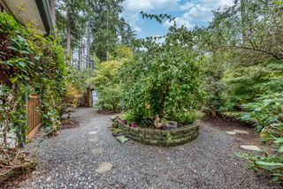 Photo 10: 2939 York Rd in : CR Campbell River South House for sale (Campbell River)  : MLS®# 859215