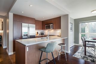 """Photo 6: 311 2940 KING GEORGE Boulevard in Surrey: King George Corridor Condo for sale in """"High Street"""" (South Surrey White Rock)  : MLS®# R2436716"""