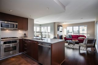 """Photo 3: 311 2940 KING GEORGE Boulevard in Surrey: King George Corridor Condo for sale in """"High Street"""" (South Surrey White Rock)  : MLS®# R2436716"""