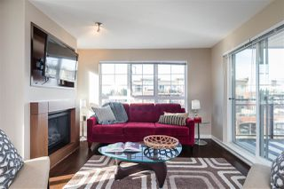 """Photo 9: 311 2940 KING GEORGE Boulevard in Surrey: King George Corridor Condo for sale in """"High Street"""" (South Surrey White Rock)  : MLS®# R2436716"""