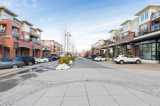 """Photo 19: 311 2940 KING GEORGE Boulevard in Surrey: King George Corridor Condo for sale in """"High Street"""" (South Surrey White Rock)  : MLS®# R2436716"""