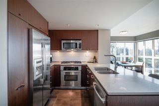 """Photo 4: 311 2940 KING GEORGE Boulevard in Surrey: King George Corridor Condo for sale in """"High Street"""" (South Surrey White Rock)  : MLS®# R2436716"""
