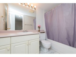 """Photo 25: 210 32044 OLD YALE Road in Abbotsford: Abbotsford West Condo for sale in """"GREEN GABLES"""" : MLS®# R2465154"""