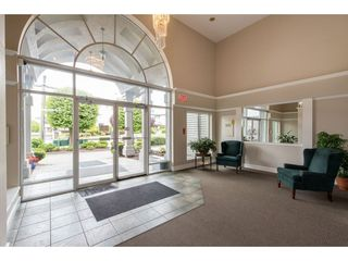 """Photo 4: 210 32044 OLD YALE Road in Abbotsford: Abbotsford West Condo for sale in """"GREEN GABLES"""" : MLS®# R2465154"""