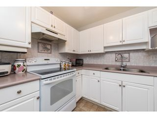 """Photo 11: 210 32044 OLD YALE Road in Abbotsford: Abbotsford West Condo for sale in """"GREEN GABLES"""" : MLS®# R2465154"""