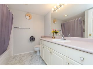 """Photo 21: 210 32044 OLD YALE Road in Abbotsford: Abbotsford West Condo for sale in """"GREEN GABLES"""" : MLS®# R2465154"""