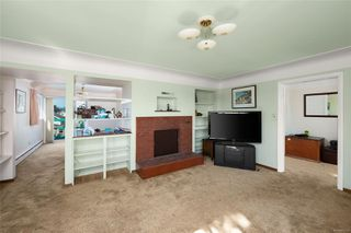 Photo 5: 484 Admirals Rd in : Es Saxe Point Single Family Detached for sale (Esquimalt)  : MLS®# 851111