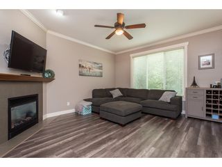 "Photo 5: 9 46791 HUDSON Road in Chilliwack: Promontory Townhouse for sale in ""Walker Creek"" (Sardis)  : MLS®# R2493562"