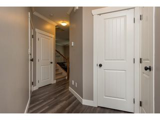 "Photo 4: 9 46791 HUDSON Road in Chilliwack: Promontory Townhouse for sale in ""Walker Creek"" (Sardis)  : MLS®# R2493562"