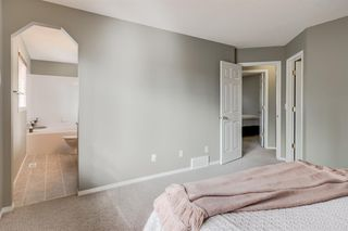 Photo 15: 69 Cougarstone Villas SW in Calgary: Cougar Ridge Detached for sale : MLS®# A1039696