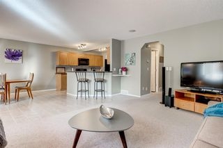 Photo 6: 69 Cougarstone Villas SW in Calgary: Cougar Ridge Detached for sale : MLS®# A1039696