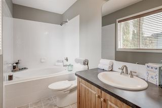 Photo 16: 69 Cougarstone Villas SW in Calgary: Cougar Ridge Detached for sale : MLS®# A1039696