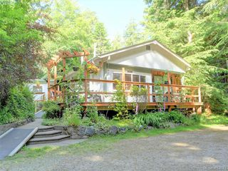 Photo 14: 1686 Whiffin Spit Rd in SOOKE: Sk Whiffin Spit Single Family Detached for sale (Sooke)  : MLS®# 820160