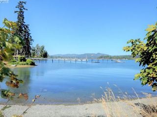 Photo 18: 1686 Whiffin Spit Rd in SOOKE: Sk Whiffin Spit Single Family Detached for sale (Sooke)  : MLS®# 820160