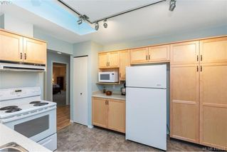 Photo 12: 13 639 Kildew Rd in VICTORIA: Co Hatley Park Row/Townhouse for sale (Colwood)  : MLS®# 825262
