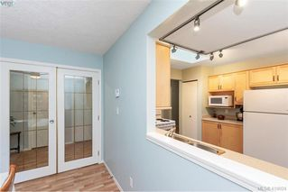 Photo 10: 13 639 Kildew Rd in VICTORIA: Co Hatley Park Row/Townhouse for sale (Colwood)  : MLS®# 825262