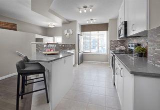 Photo 3: 7 2905 141 Street in Edmonton: Zone 55 Townhouse for sale : MLS®# E4175890