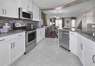 Photo 2: 7 2905 141 Street in Edmonton: Zone 55 Townhouse for sale : MLS®# E4175890