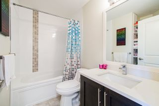 """Photo 12: 40 19913 70 Avenue in Langley: Willoughby Heights Townhouse for sale in """"Brooks"""" : MLS®# R2421609"""