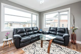 Photo 16: 925 WOOD Place in Edmonton: Zone 56 House for sale : MLS®# E4212744