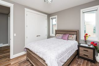 Photo 18: 925 WOOD Place in Edmonton: Zone 56 House for sale : MLS®# E4212744