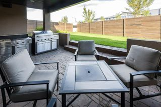 Photo 22: 925 WOOD Place in Edmonton: Zone 56 House for sale : MLS®# E4212744