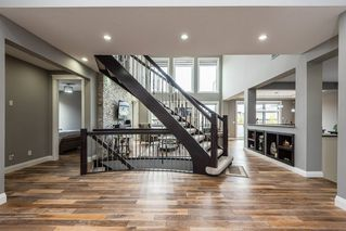 Photo 3: 925 WOOD Place in Edmonton: Zone 56 House for sale : MLS®# E4212744