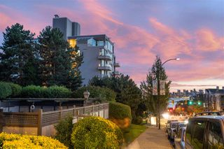 "Photo 20: 301 408 LONSDALE Avenue in North Vancouver: Lower Lonsdale Condo for sale in ""THE MONACO"" : MLS®# R2501486"