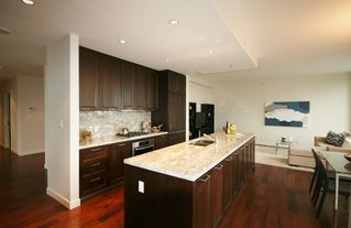 Photo 7: 1201 5955 BALSAM Street in Vancouver West: Home for sale : MLS®# V1035155