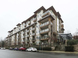"Photo 1: 314 2495 WILSON Avenue in Port Coquitlam: Central Pt Coquitlam Condo for sale in ""ORCHID RIVERSIDE"" : MLS®# R2425971"