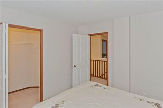 Photo 31: 70 Cresthaven Way SW in Calgary: Crestmont Detached for sale : MLS®# C4285935