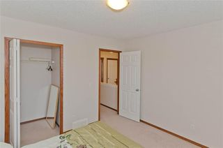 Photo 29: 70 Cresthaven Way SW in Calgary: Crestmont Detached for sale : MLS®# C4285935