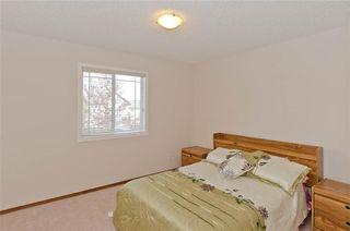 Photo 28: 70 Cresthaven Way SW in Calgary: Crestmont Detached for sale : MLS®# C4285935