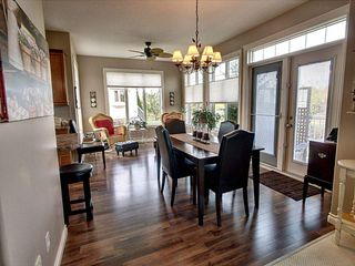 Photo 3: 1504 147 Avenue in Edmonton: Zone 35 House for sale : MLS®# E4187081
