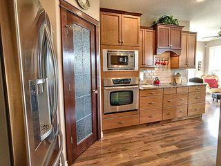 Photo 6: 1504 147 Avenue in Edmonton: Zone 35 House for sale : MLS®# E4187081