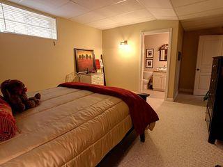 Photo 14: 1504 147 Avenue in Edmonton: Zone 35 House for sale : MLS®# E4187081
