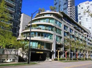 Main Photo: 1480 W HASTINGS Street in Vancouver: Coal Harbour Townhouse for sale (Vancouver West)  : MLS®# R2439638