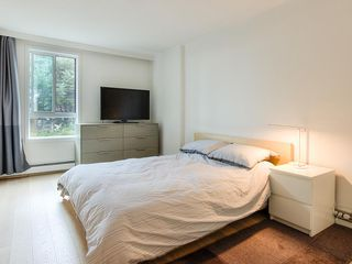 Photo 10: 204 1867 W 3RD AVENUE in Vancouver: Kitsilano Condo for sale (Vancouver West)  : MLS®# R2440563