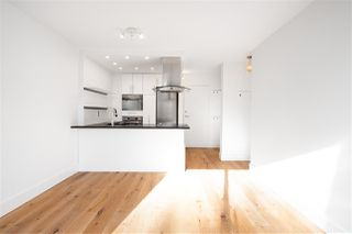"""Photo 3: 301 1146 HARWOOD Street in Vancouver: West End VW Condo for sale in """"The Lampligher"""" (Vancouver West)  : MLS®# R2447032"""