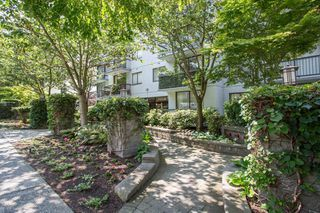 """Photo 15: 301 1146 HARWOOD Street in Vancouver: West End VW Condo for sale in """"The Lampligher"""" (Vancouver West)  : MLS®# R2447032"""