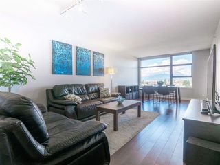 Photo 2: 1708 5380 OBEN STREET in Vancouver: Collingwood VE Condo for sale (Vancouver East)  : MLS®# R2445259