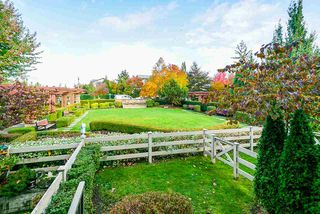 """Photo 17: 247 2501 161A Street in Surrey: Grandview Surrey Townhouse for sale in """"HIGHLAND PARK"""" (South Surrey White Rock)  : MLS®# R2450069"""