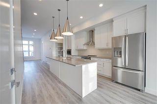 Photo 2: 7706 83 AV NW in Edmonton: Zone 18 House for sale : MLS®# E4184588