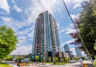 Photo 3: 1108 691 NORTH Road in Coquitlam: Coquitlam West Condo for sale : MLS®# R2462914