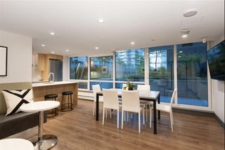 Photo 10: 503 1788 COLUMBIA STREET in Vancouver: False Creek Condo for sale (Vancouver West)  : MLS®# R2466069