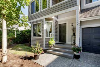 """Photo 3: 5 1135 LANSDOWNE Drive in Coquitlam: Eagle Ridge CQ Townhouse for sale in """"CREEKSIDE ESTATES"""" : MLS®# R2483378"""