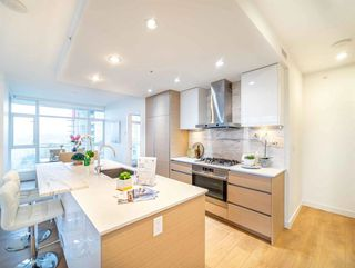 Photo 4: 2108 4670 ASSEMBLY Way in Burnaby: Metrotown Condo for sale (Burnaby South)  : MLS®# R2518189