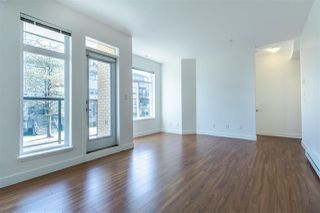 "Photo 3: 209 5649 KINGS Road in Vancouver: University VW Townhouse for sale in ""GALLERIA"" (Vancouver West)  : MLS®# R2400501"