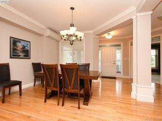 Photo 5: 3574 Promenade Crescent in VICTORIA: Co Latoria Single Family Detached for sale (Colwood)  : MLS®# 415788